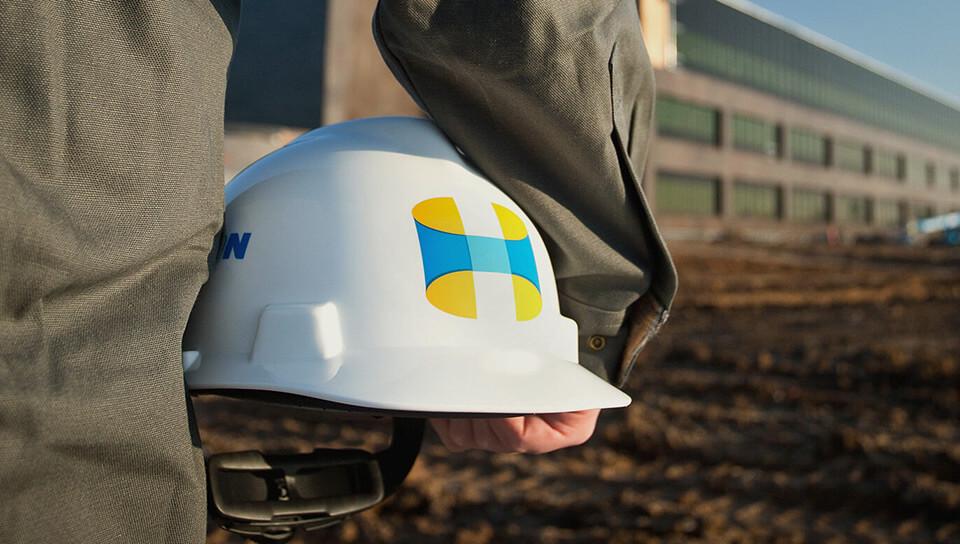 Hutton-Construction-helmet
